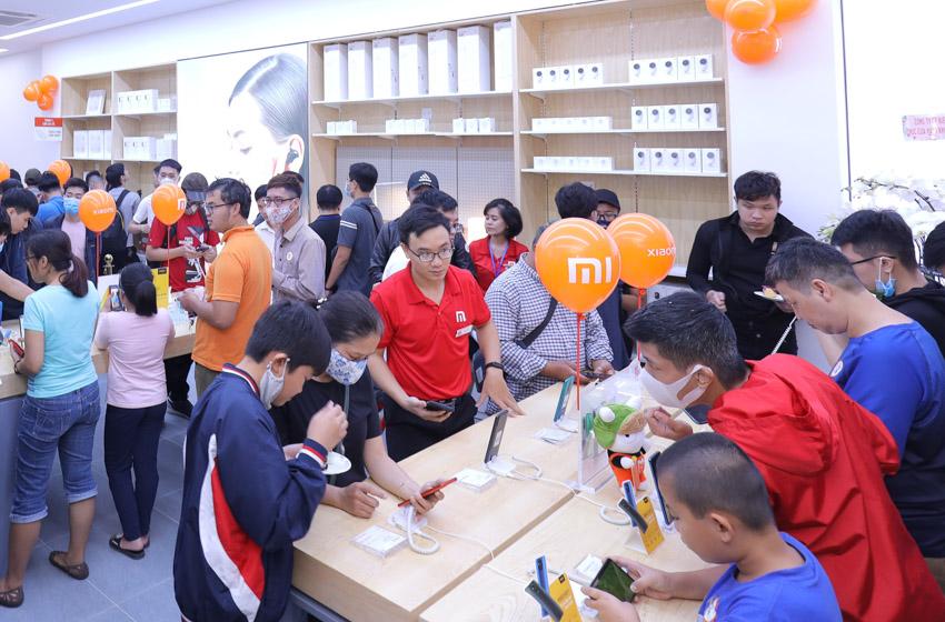 Xiaomi khai trương cửa hàng Mi Store ủy quyền tại Hà Nội - 9