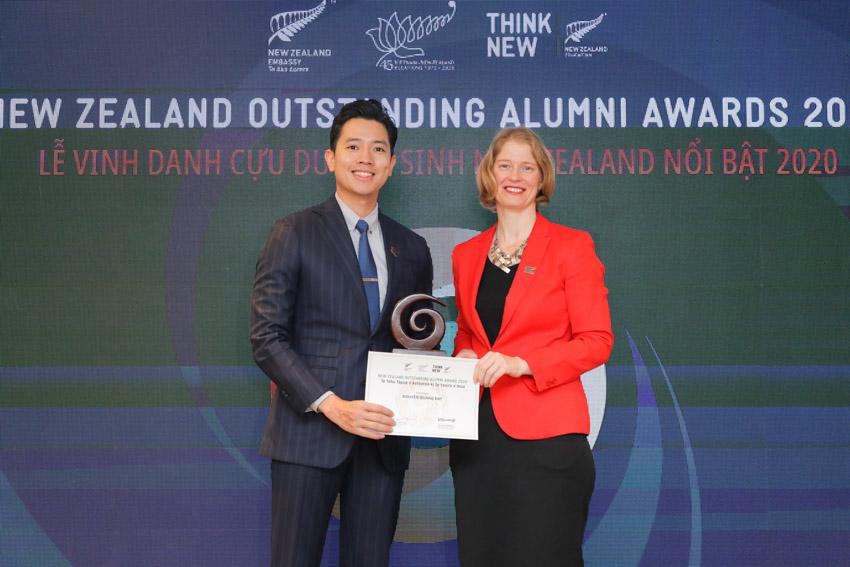 Sáu cá nhân ưu tú này đã thụ hưởng nền giáo dục đẳng cấp thế giới của New Zealand, đạt được những thành công trong sự nghiệp và tích cực đóng góp cho xã hội. - 4