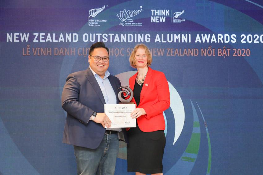 Sáu cá nhân ưu tú này đã thụ hưởng nền giáo dục đẳng cấp thế giới của New Zealand, đạt được những thành công trong sự nghiệp và tích cực đóng góp cho xã hội. - 6