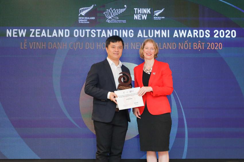 Sáu cá nhân ưu tú này đã thụ hưởng nền giáo dục đẳng cấp thế giới của New Zealand, đạt được những thành công trong sự nghiệp và tích cực đóng góp cho xã hội.- 8