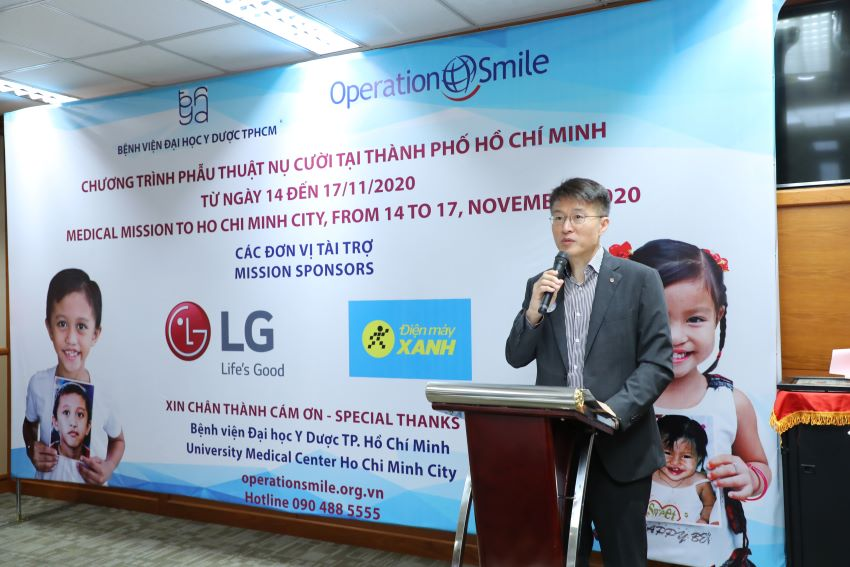 LG hỗ trợ phẫu thuật