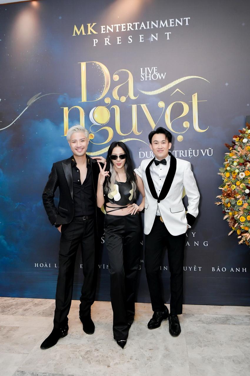 Liveshow Dương Triệu Vũ có mức giá cao nhất lên đến100 triệu đồng 1 cặp 010