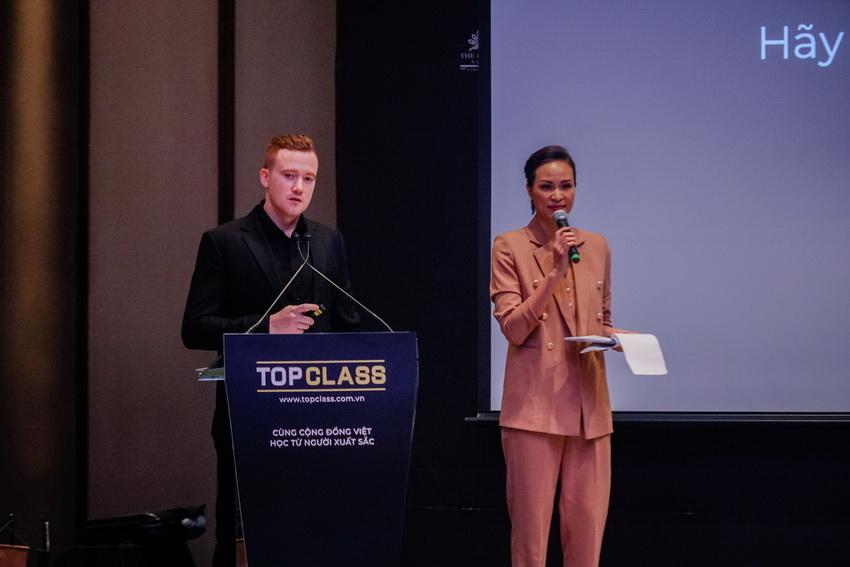 Ra mắt nền tảng lớp học trực tuyến TopClass 002