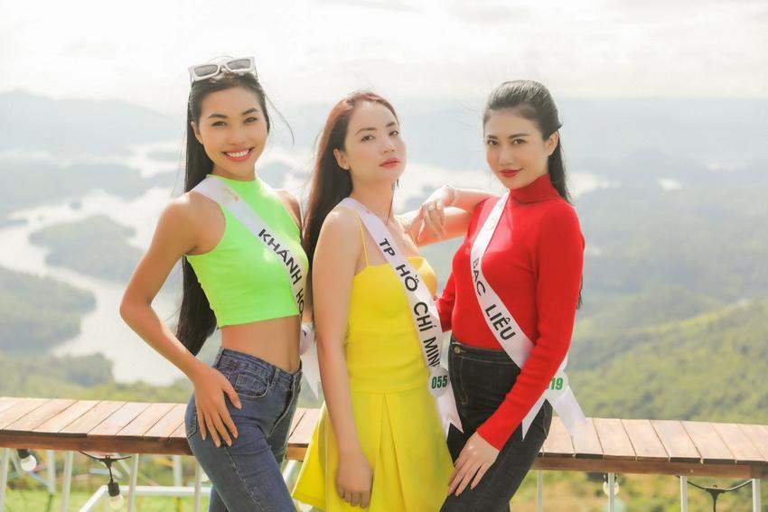 Top 32 Miss Tourism Vietnam 2020 tham quan Vườn quốc gia Tà Đùng, tham gia Lễ hội Sum họp Cộng đồng 2020 002