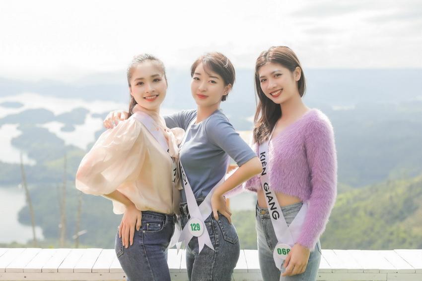 Top 32 Miss Tourism Vietnam 2020 tham quan Vườn quốc gia Tà Đùng, tham gia Lễ hội Sum họp Cộng đồng 2020 005