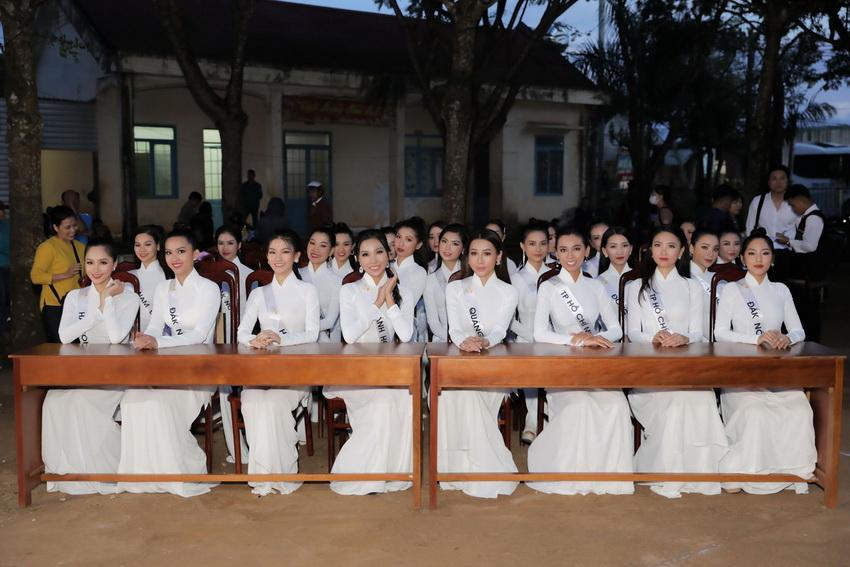 Top 32 Miss Tourism Vietnam 2020 tham quan Vườn quốc gia Tà Đùng, tham gia Lễ hội Sum họp Cộng đồng 2020 012