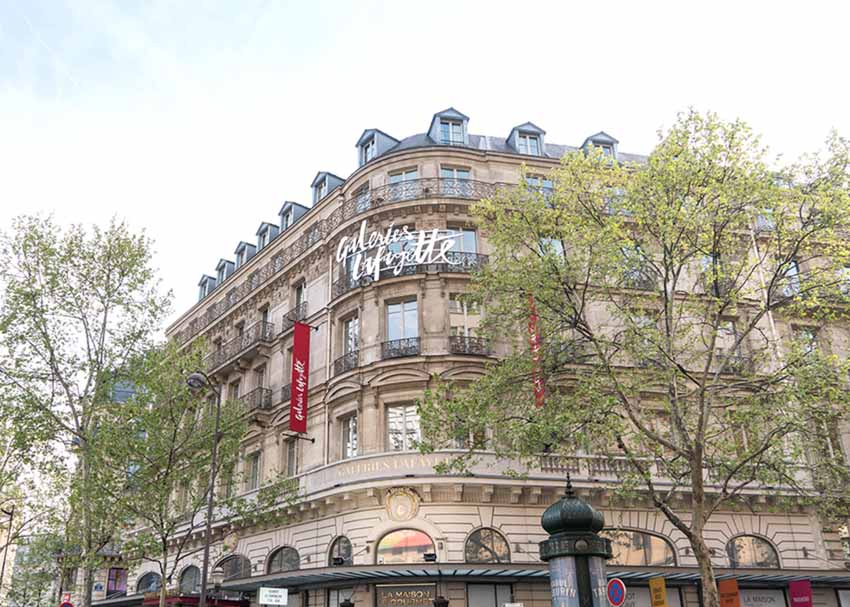 Cuối năm, tham quan trung tâm thương mại lớn nhất Paris -1