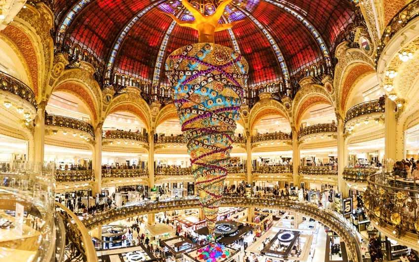Cuối năm, tham quan trung tâm thương mại lớn nhất Paris -3