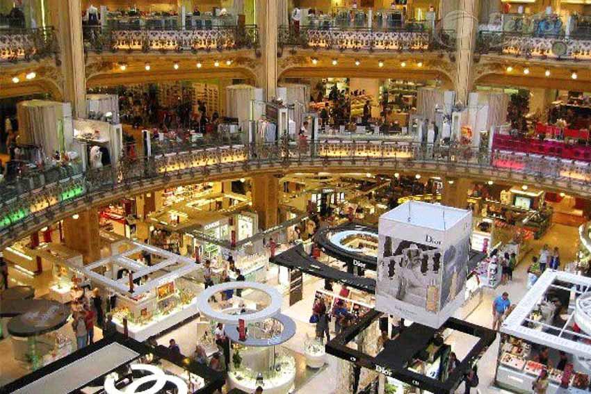 Cuối năm, tham quan trung tâm thương mại lớn nhất Paris -4