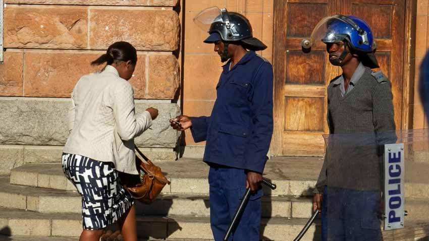Đặc điểm của các lực lượng cảnh sát trên thế giới -3