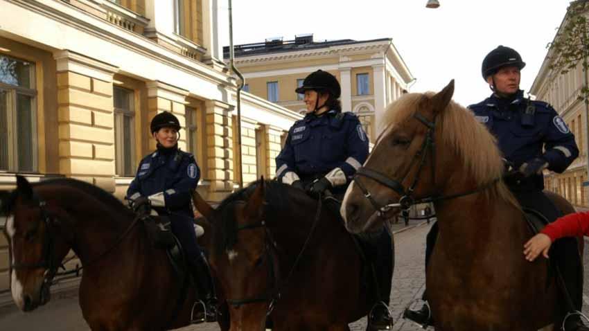 Đặc điểm của các lực lượng cảnh sát trên thế giới -7