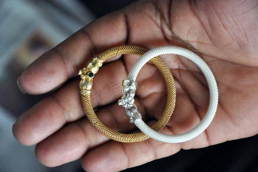 Từ những sợi dây bạc đến nghề phẩm chạm lộng tuyệt mỹ của Ấn Độ - 24