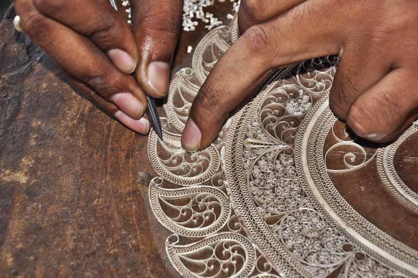 Từ những sợi dây bạc đến nghề phẩm chạm lộng tuyệt mỹ của Ấn Độ - 28