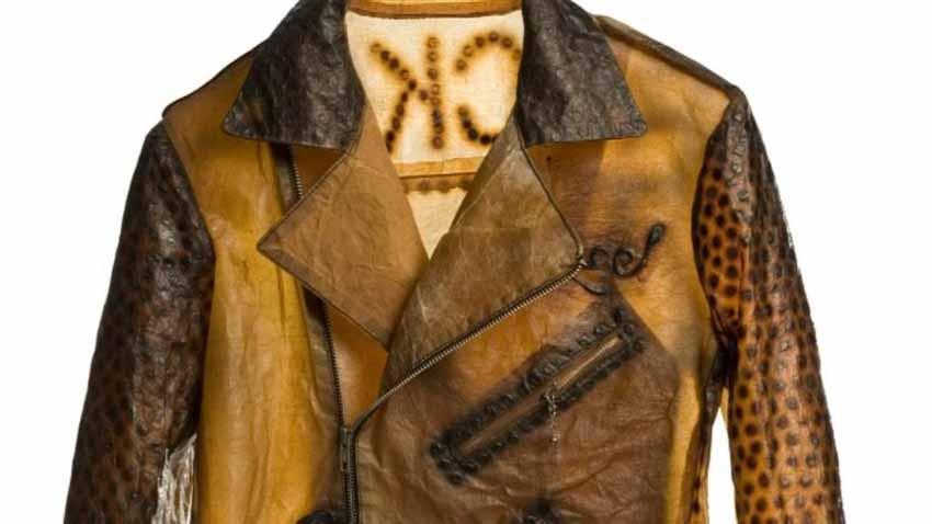 Những hàng vải lạ lùng được dùng may trang phục -3