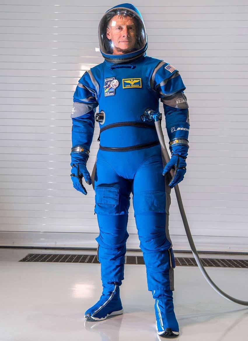 Mỹ lại tự đưa người lên ISS và cuộc cách mạng trang phục không gian -3