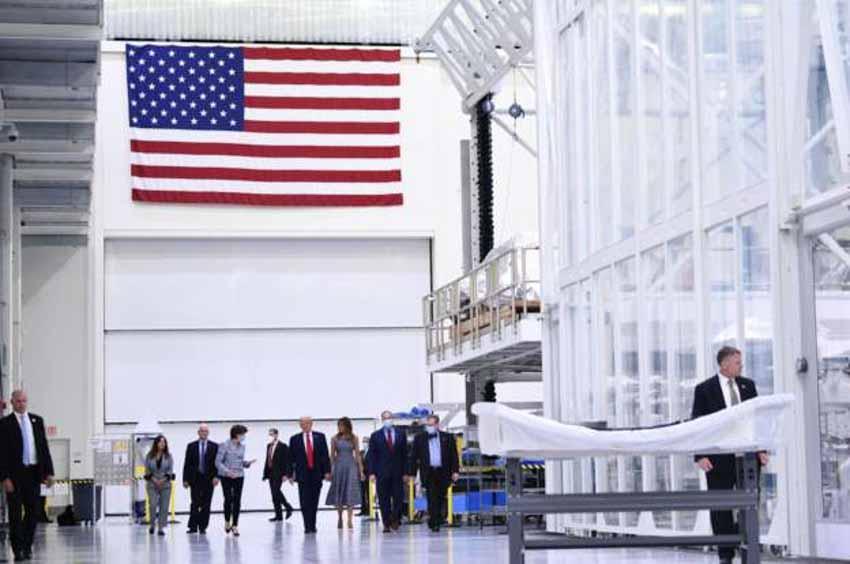Mỹ lại tự đưa người lên ISS và cuộc cách mạng trang phục không gian -9