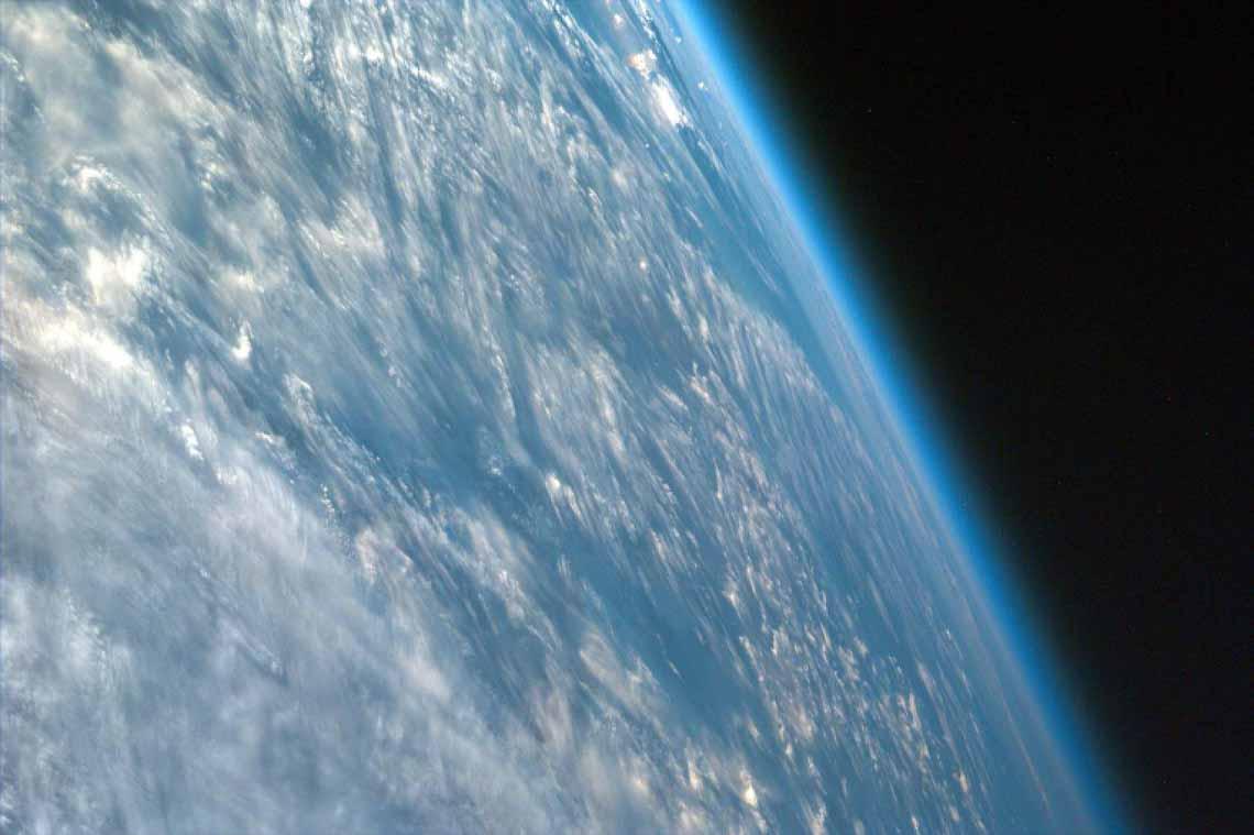 Tổng hợp những bức ảnh kinh ngạc về Trái Đất dưới góc nhìn ngoài không gian -3