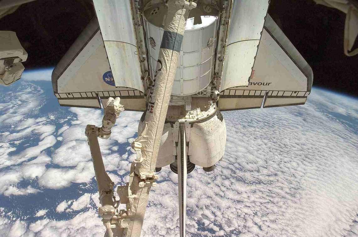 Tổng hợp những bức ảnh kinh ngạc về Trái Đất dưới góc nhìn ngoài không gian -4