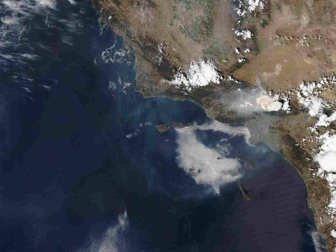 Tổng hợp những bức ảnh kinh ngạc về Trái Đất dưới góc nhìn ngoài không gian -10
