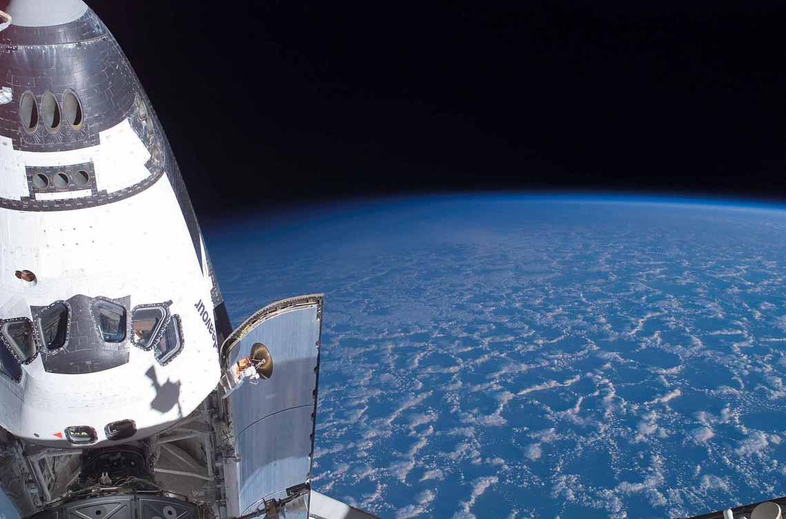 Tổng hợp những bức ảnh kinh ngạc về Trái Đất dưới góc nhìn ngoài không gian -14