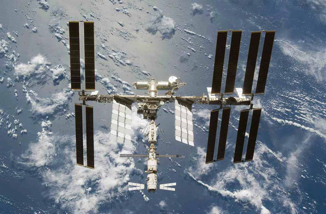 Tổng hợp những bức ảnh kinh ngạc về Trái Đất dưới góc nhìn ngoài không gian -19