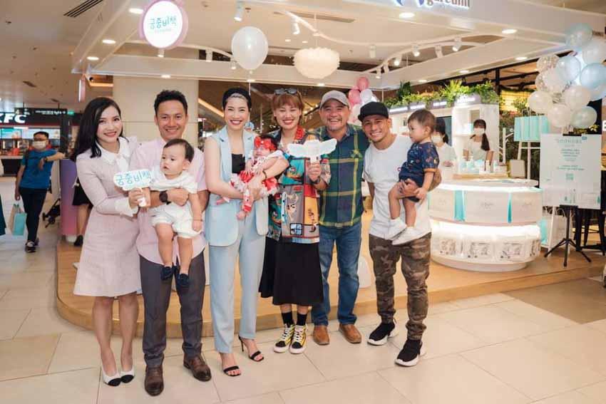 Vợ chồng rapper Tiến Đạt mang sản phẩm chăm sóc bé Goongbe về Việt Nam -1