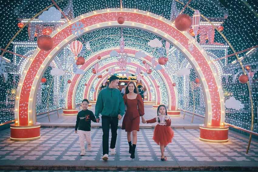 Công viên châu Á đón khách trở lại với loạt sự kiện hoành tráng dịp Giáng sinh, năm mới -5