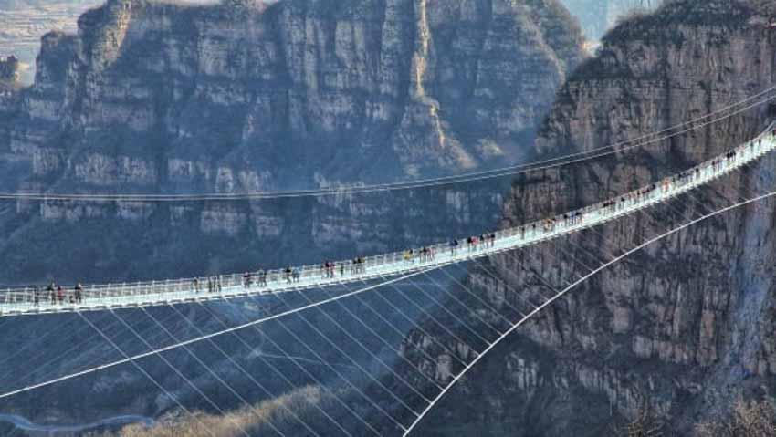10 cây cầu đáng sợ mà bạn không muốn đi qua -9