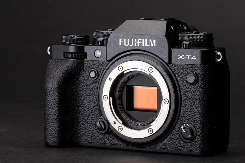 Máy ảnh Fujifilm X-T4 và X-S10 được đánh giá máy ảnh tốt nhất trong năm 2020 - 1