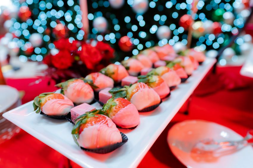 Tiệc dâu tây Lotte