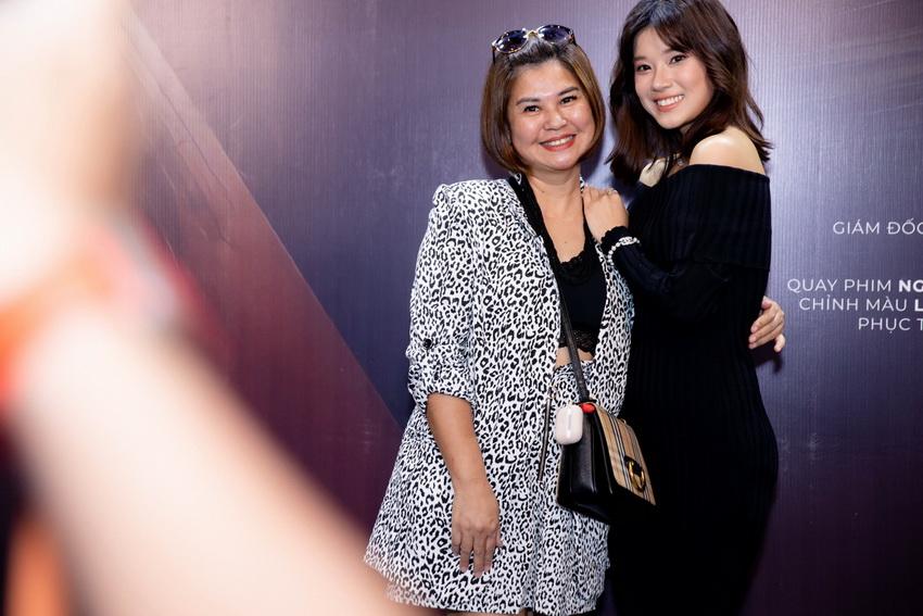 Hoàng Yến Chibi ra mắt phim tài liệu 'Cánh chim rực rỡ' kỷ niệm 10 năm hoat đông nghệ thuật 04