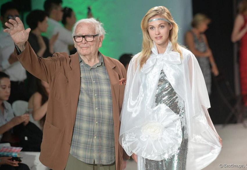 """Vĩnh biệt """"cây đại thụ"""" thời trang Pierre Cardin - 7"""