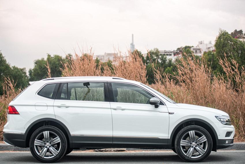 Volkswagen Việt Nam ra mắt Tiguan bản nâng cấp, giá từ 1,699 tỷ đồng - 30