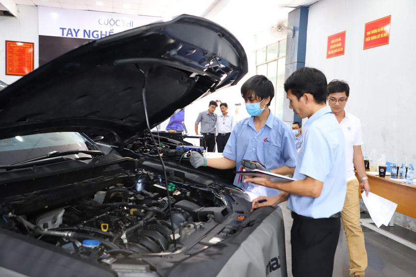 Car Service Unitour - Chương trình Trải nghiệm dịch vụ ô tô tại các trường đại học-15