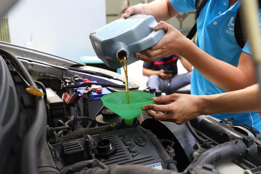 Car Service Unitour - Chương trình Trải nghiệm dịch vụ ô tô tại các trường đại học - 20