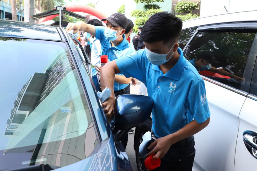 Car Service Unitour - Chương trình Trải nghiệm dịch vụ ô tô tại các trường đại học-3