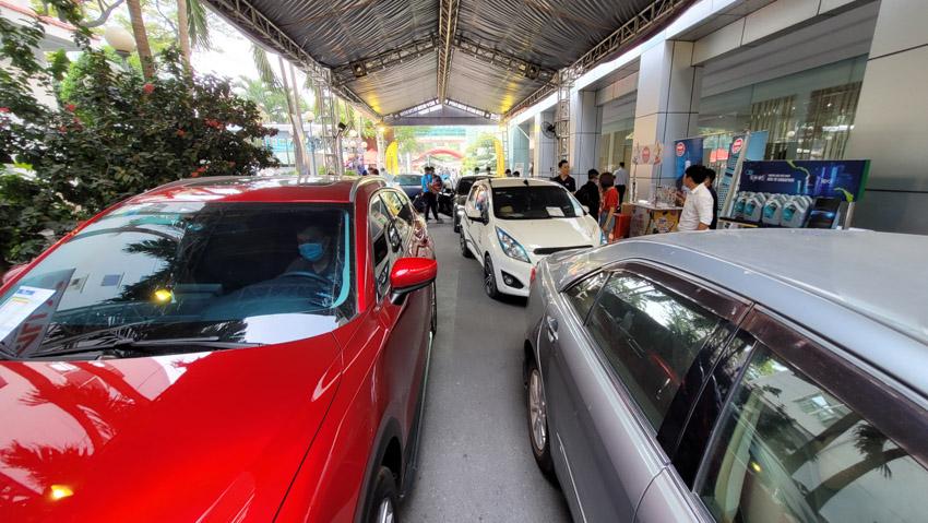 Car Service Unitour - Chương trình Trải nghiệm dịch vụ ô tô tại các trường đại học-5