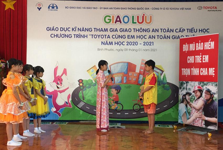 Toyota cùng em học An toàn giao thông 2021 khởi động tại Bình Phước - 1