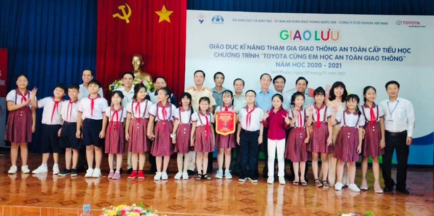 Toyota cùng em học An toàn giao thông 2021 khởi động tại Bình Phước - 6