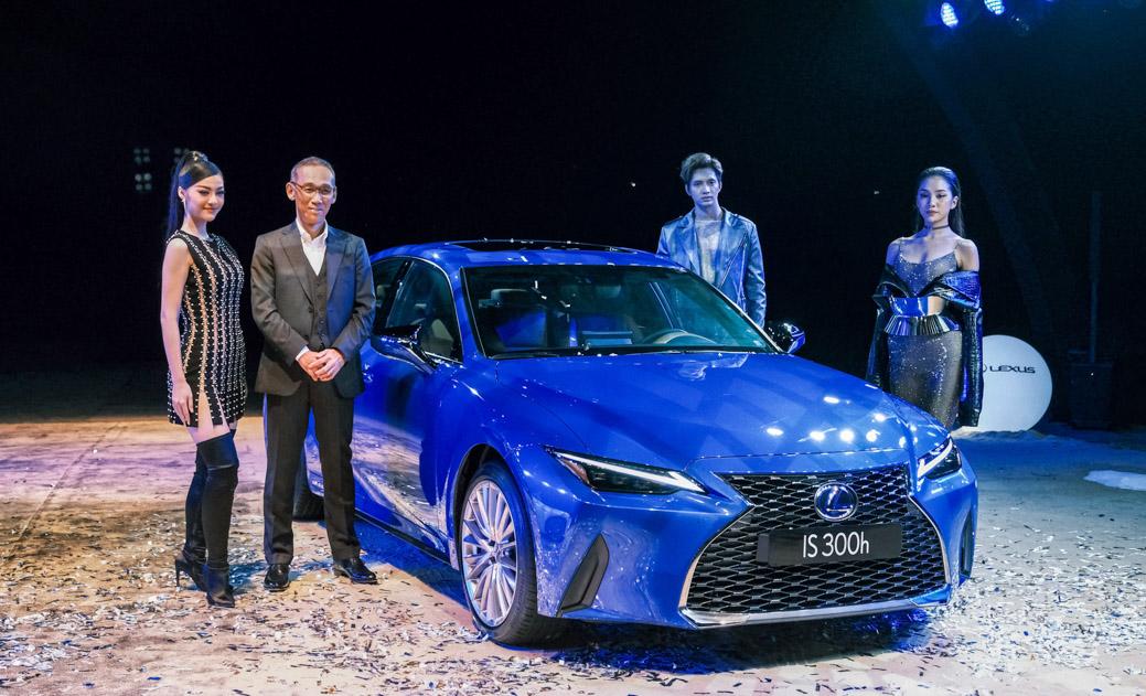 Lexus Việt Nam chính thức giới thiệu IS hoàn toàn mới - 01