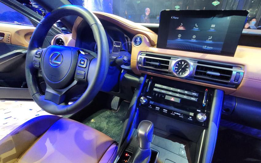 Lexus Việt Nam chính thức giới thiệu IS hoàn toàn mới - 23