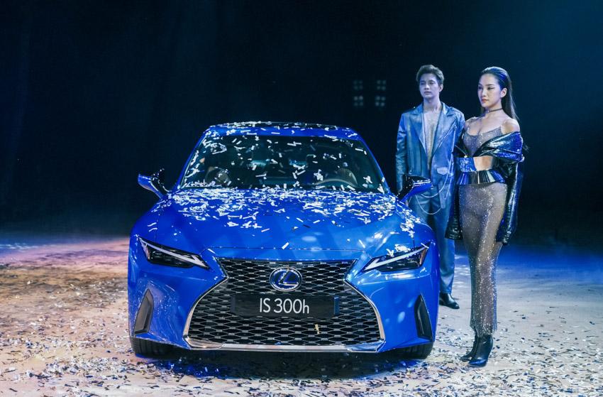 Lexus Việt Nam chính thức giới thiệu IS hoàn toàn mới - 08