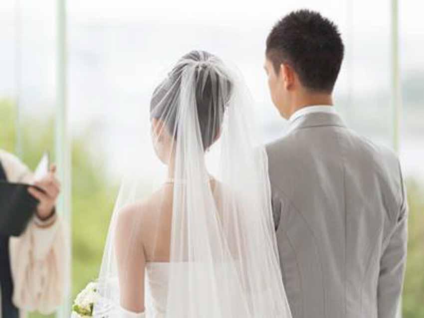 Lý giải 6 truyền thống đám cưới và những điều mê tín dị đoan - 2
