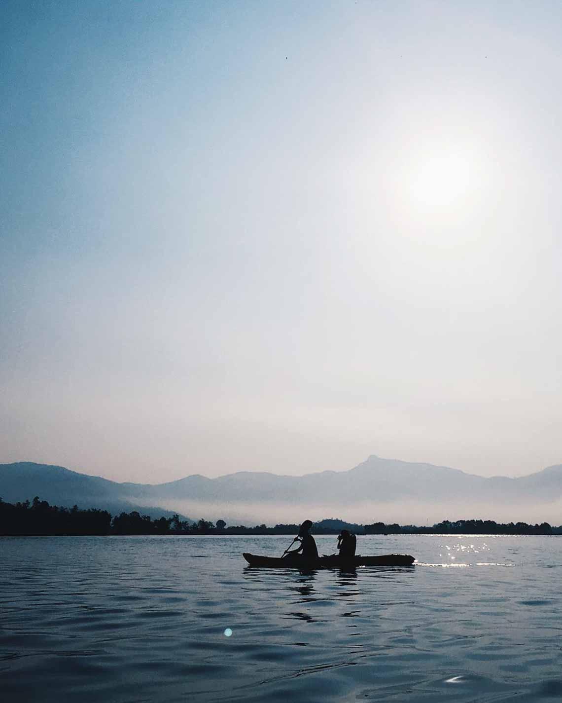 Hồ Lăk – dải lụa óng mềm của đất rừng Tây Nguyên - 5