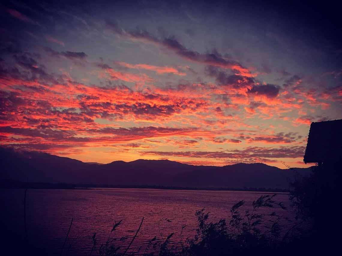 Hồ Lăk – dải lụa óng mềm của đất rừng Tây Nguyên - 6