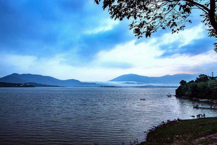Hồ Lăk – dải lụa óng mềm của đất rừng Tây Nguyên - 13