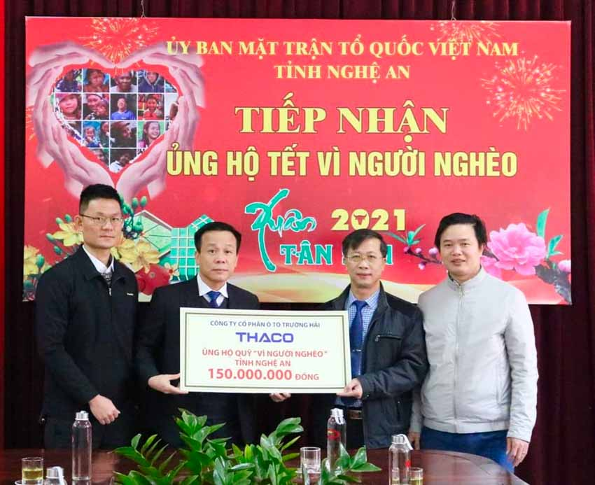 Thaco tặng hơn 17 tỷ đồng chăm lo tết cho người nghèo - 2
