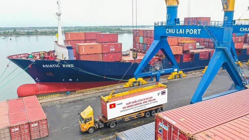 THACO hoàn thành mục tiêu xuất khẩu hơn 1.400 ô tô, linh kiện - 2