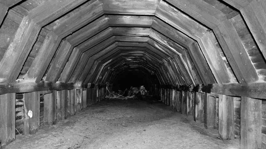 Những đường hầm ma ám với bối cảnh thực sự rùng rợn - 8