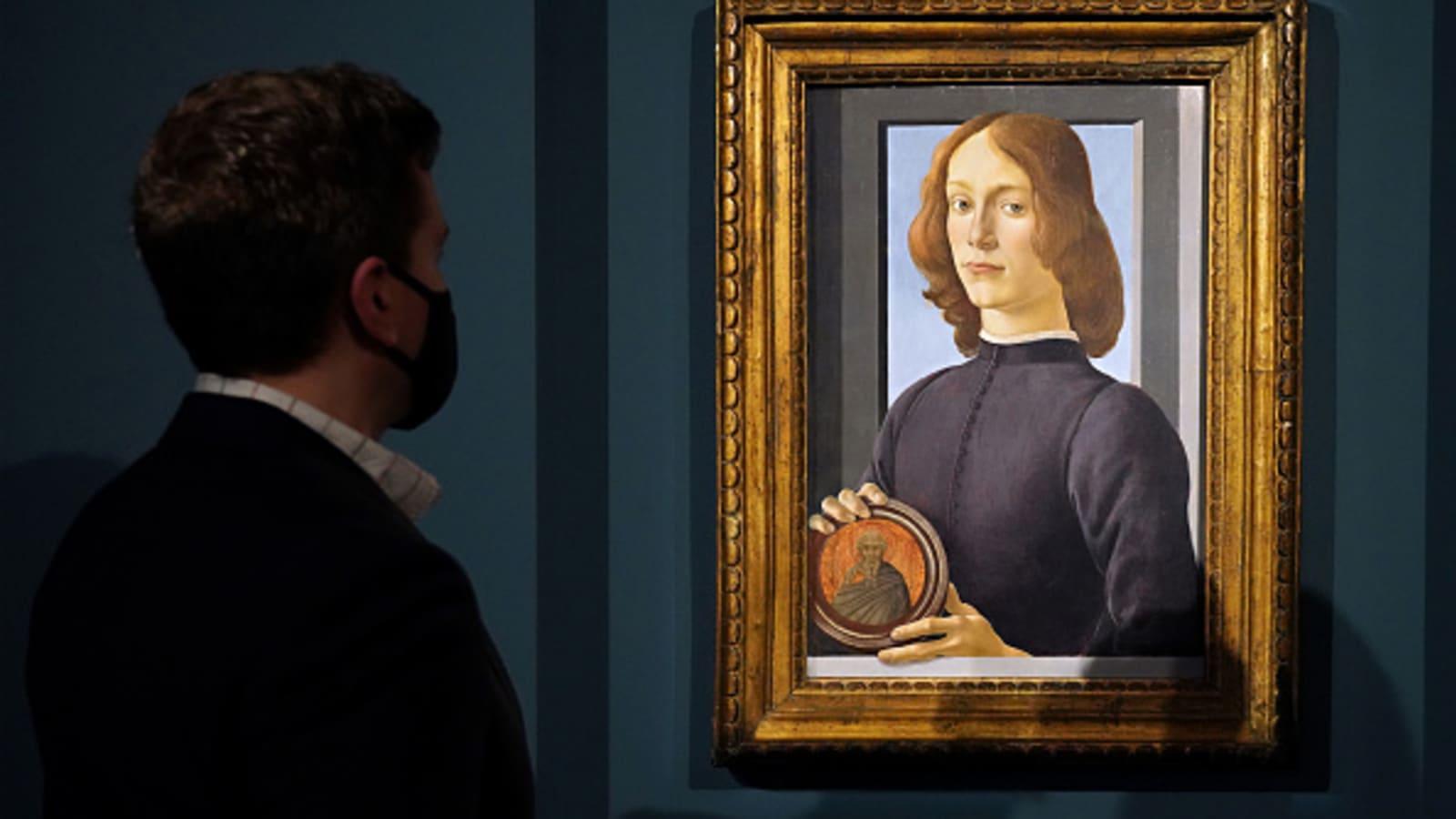 Kiệt tác của danh họa Botticelli được bán với giá hơn 92 triệu USD - 2